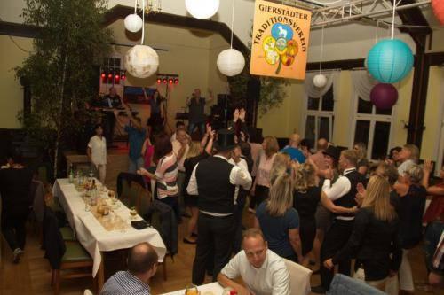 Kirmesgesellschaft Tanz